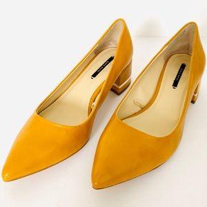 Zara Pointy Toe Block Heel Shoes w/ Gold Trim EUC